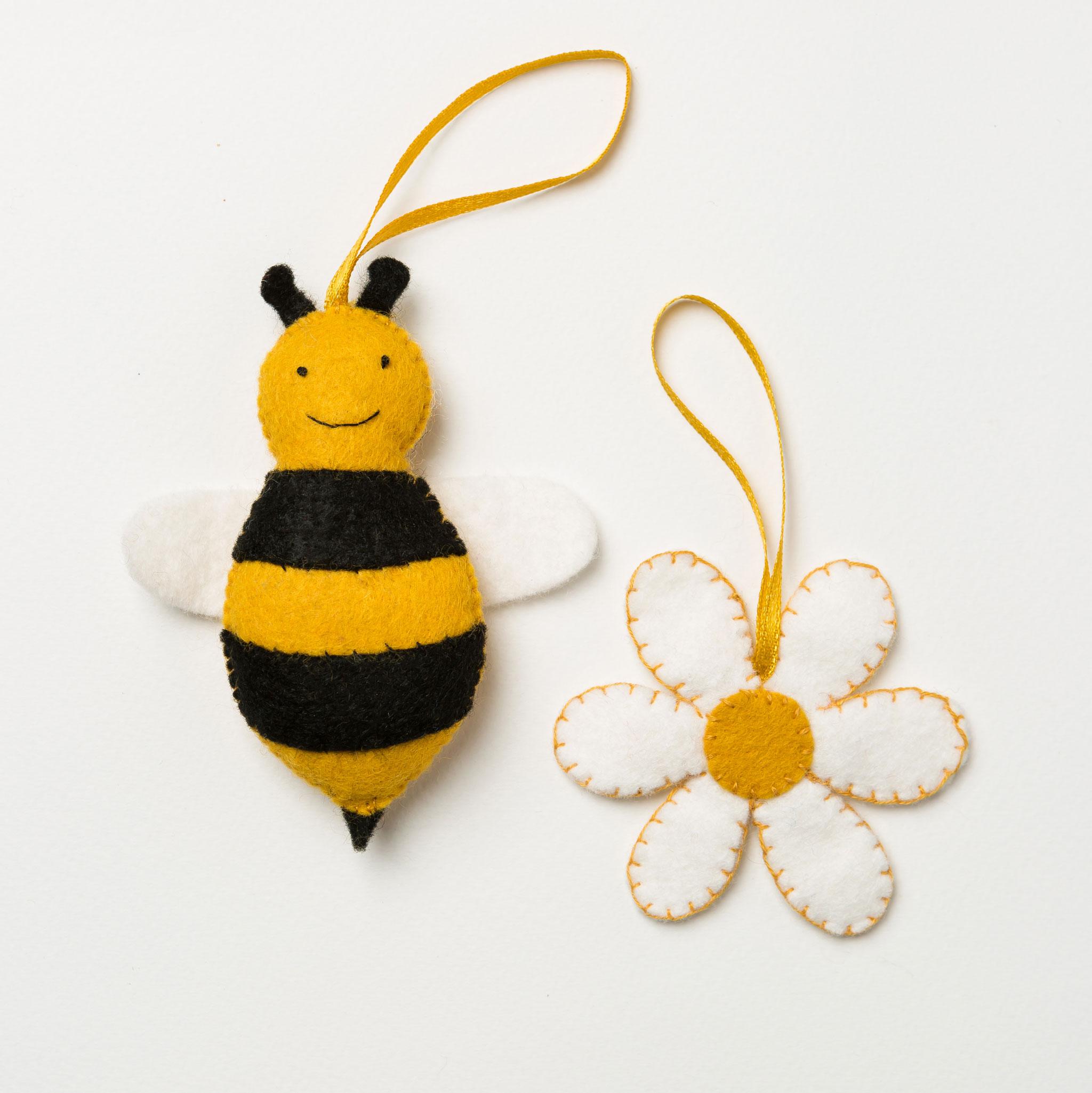 Bee and Flower Felt Craft Mini Kit
